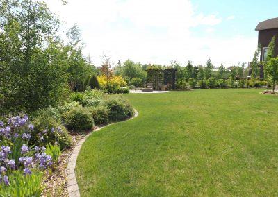 landscaping-calgary-DSCF2600