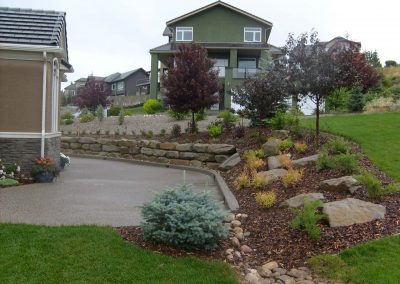 landscaping-calgary-S6300618